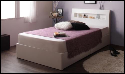 分厚いマットレスのベッド