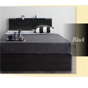 クロ色のベッド雰囲気